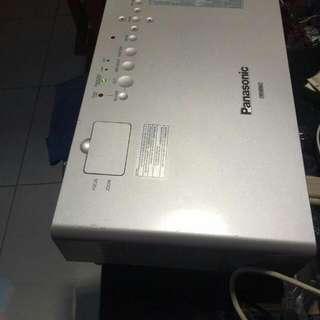 LCD Proyektor