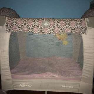 Graco travel litr crib