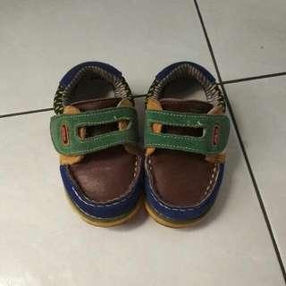 Sepatu anak size 23