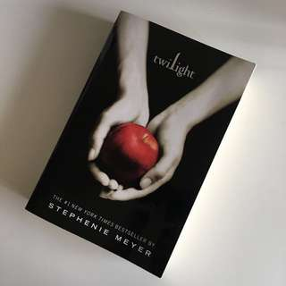 Free🍎Twilight book
