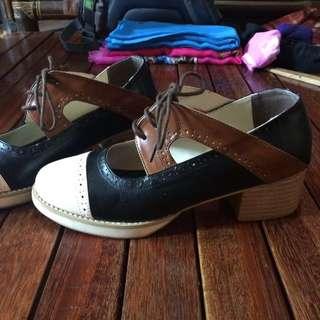 Sepatu oxford adorable
