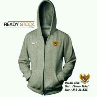 Sweater & hoodie team bola