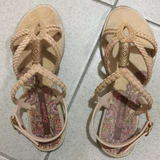 Grendha Sandals! Used but not abuse! Beige color! 100% Original!