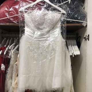 短裙款婚紗👰🏻適合跳舞婚攝用