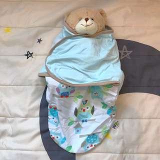 Baby swaddles (toys excluded)
