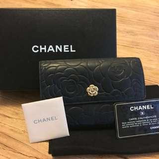 Chanel 山茶花銀包 100% authentic!