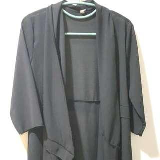 黑色  雪紡紗  不規則  翻領   防曬  薄外套