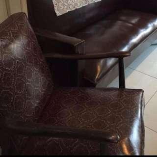 (小謝老舖)復古老沙發單人座 二手品 道具 擺飾 家具