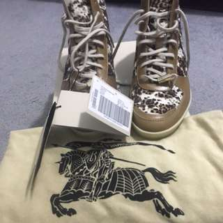 Burberry Sneaker High Top