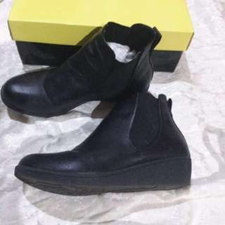 FIGLIA BLACK BOOTS (AUTHENTIC)