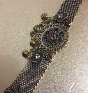 Golden Bracelet for Women