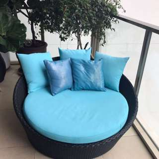 Outdoor lazy chair