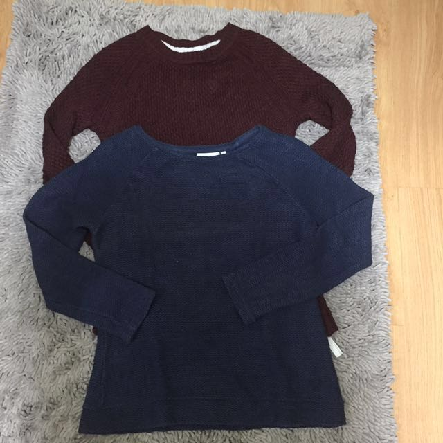 2 Pullovers Small