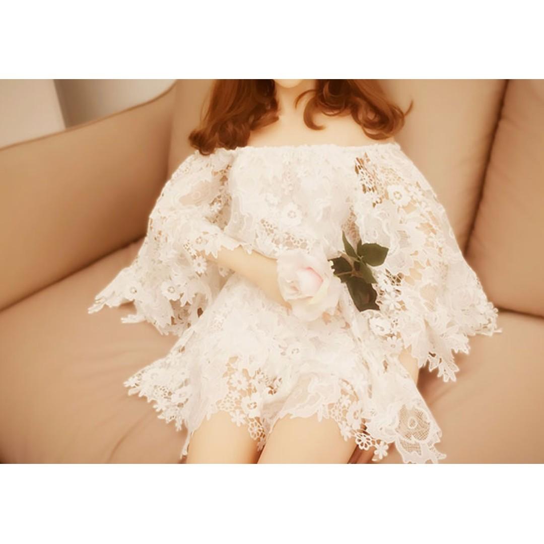 (全新)名媛一字領露肩喇叭袖蕾絲連衣裙褲度假裙仙