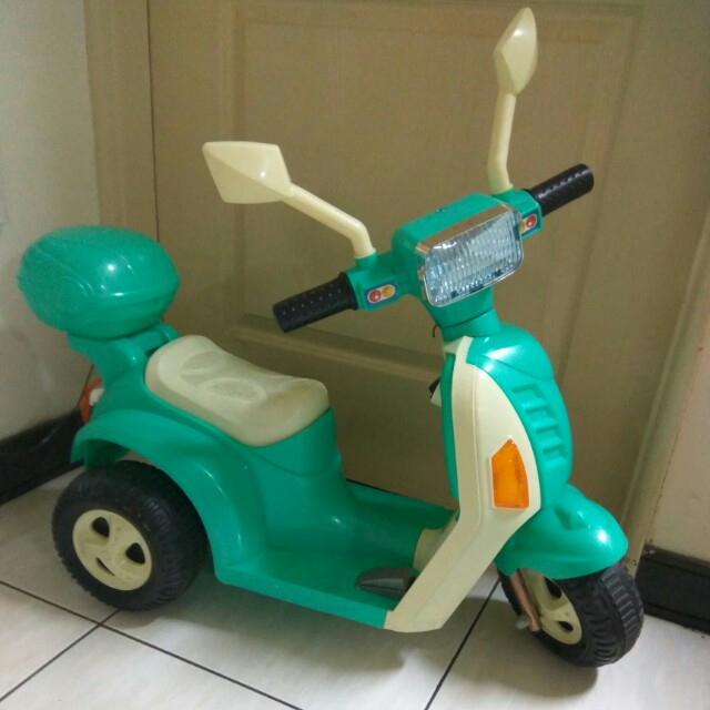 兒童電動摩托車