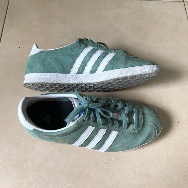 Adidas gazelle authentic