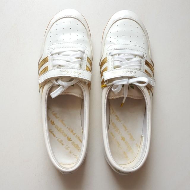 0d620bf81efa Adidas Sleek Classic Series in White Gold (US7 UK 5 1 2)