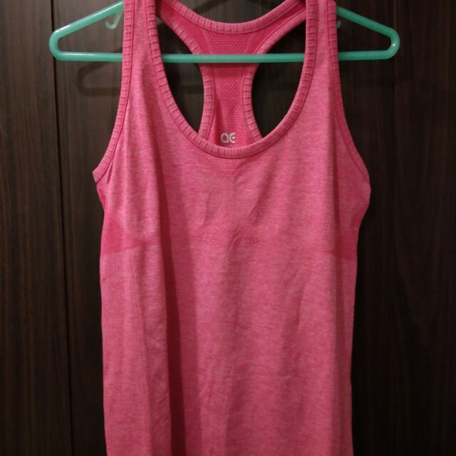 AE Sleeveless Shirt