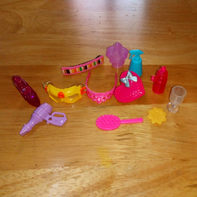 Barbie's Small Accessories