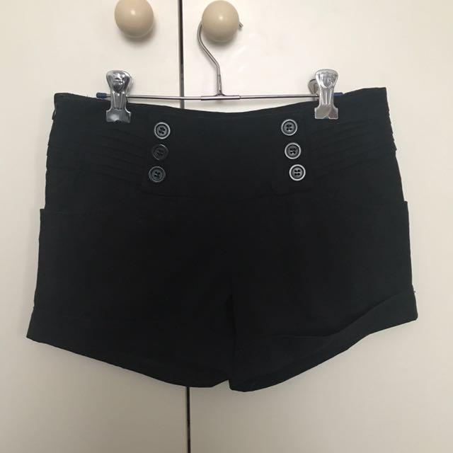 Black shorts Sze xs