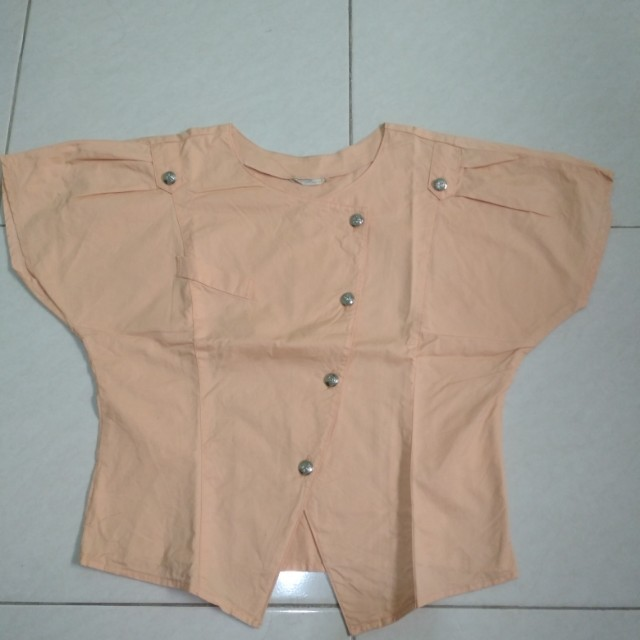 Blouse crop top warna pastel