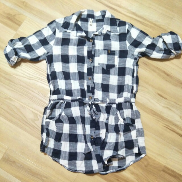💋 Blue and White Checkered Flannel Top