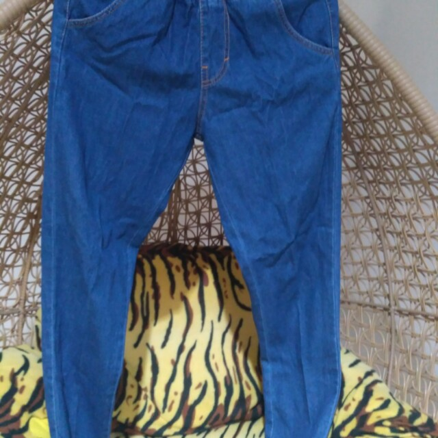 Boyfriend jeans (all size 27-29)