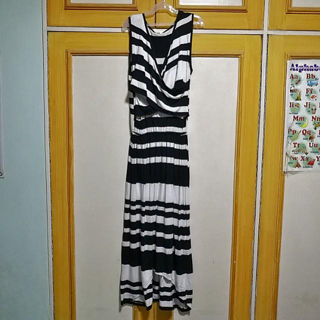 Breastfeeding Maxi Dress