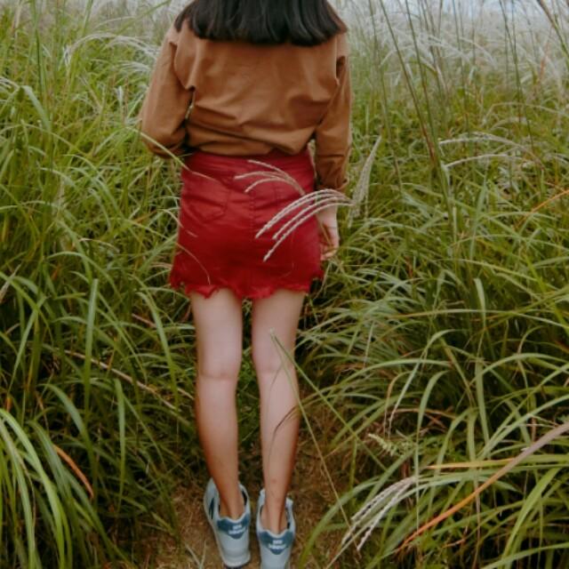 韓國品牌chuu減五公斤褲裙酒紅色側邊開衩 #我的女裝可超取