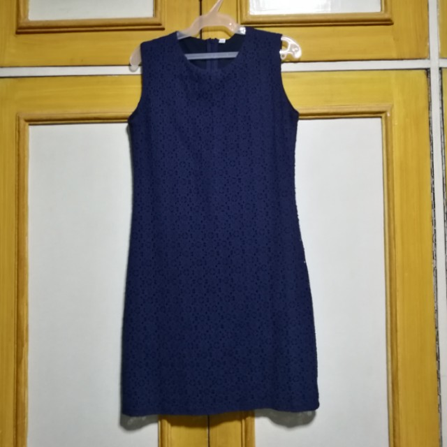 Classic Lace Shift Dress