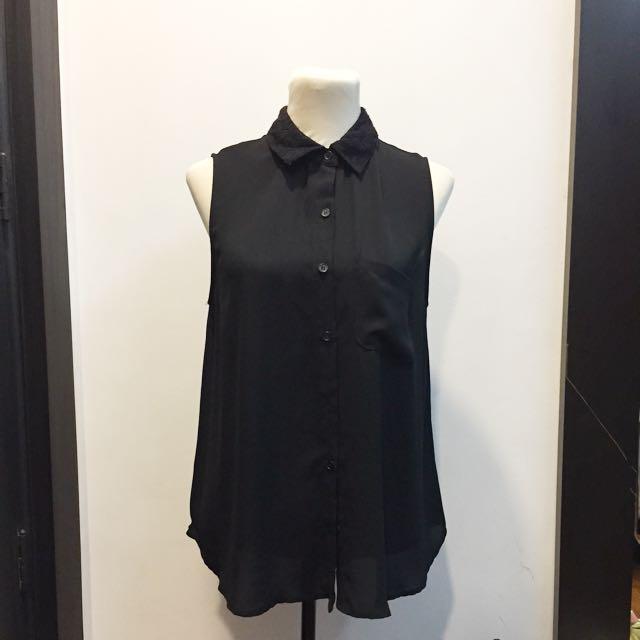 Forever21 black sleeveless blouse