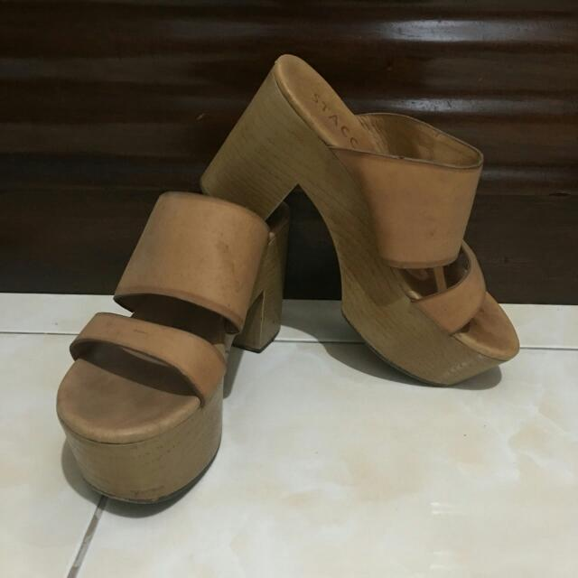 FREE! STACCATO HEELS FOR PURCHASE WORTH 500!.