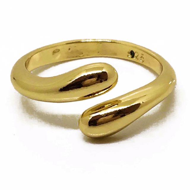 Gold Teardrop Ring