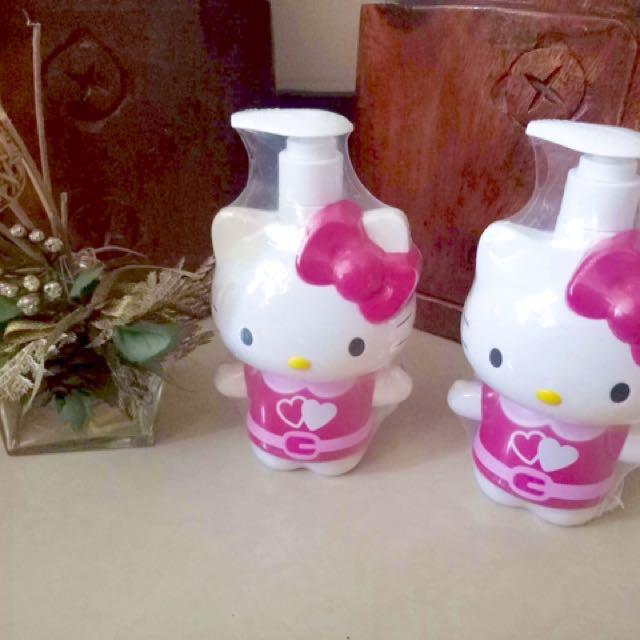 Hello Kitty shower foam