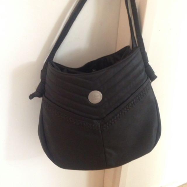 Large volcom bag