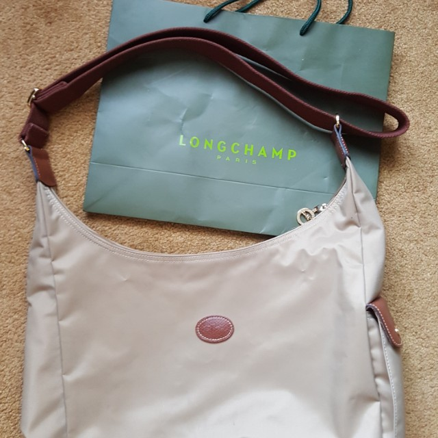 Longchamp sling bag in light brown