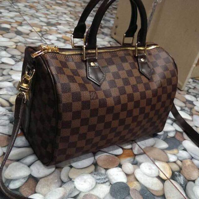 f3f6507988692 Lv speedy damier sz 25, Women's Fashion, Bags & Wallets on Carousell