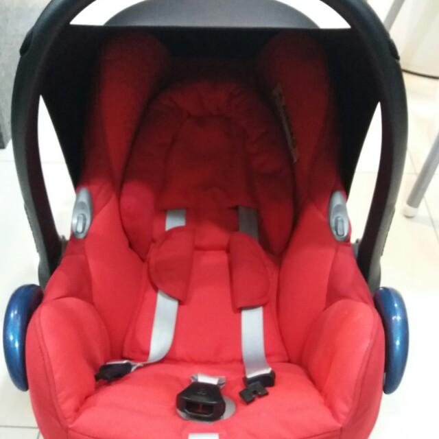 Maxi Cosi Car Seat Red Origami