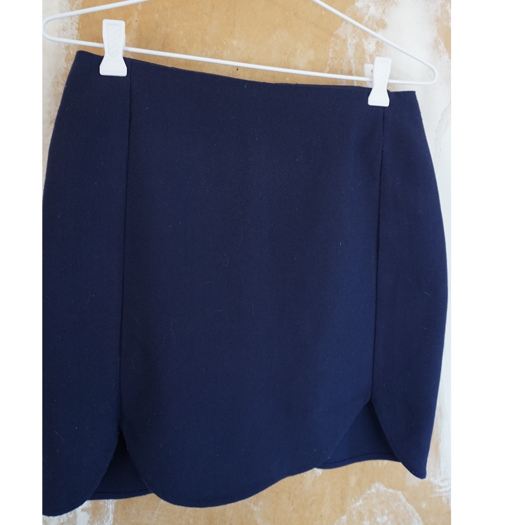 Navy Tulip Skirt from Glassons, Size 6/8