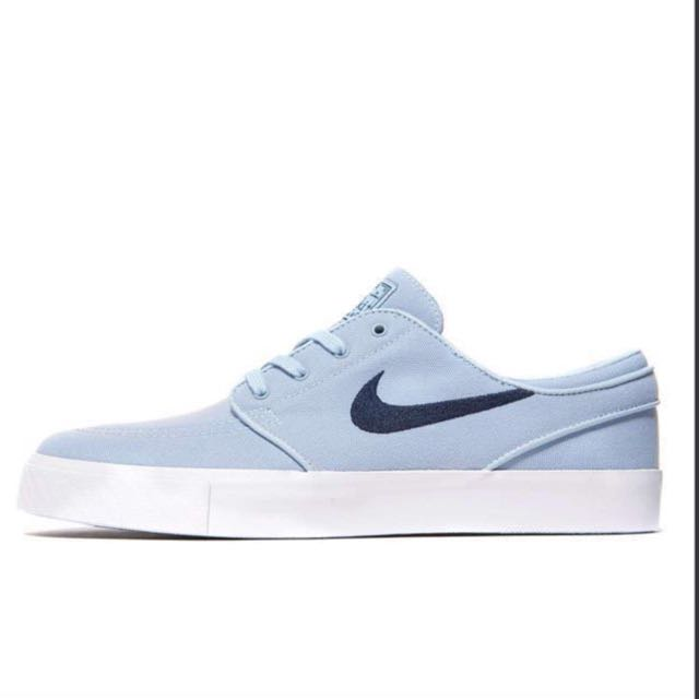 timeless design 0282f c5e00 Nike SB Zoom Stefan Janoski Canvas, Men's Fashion, Footwear on Carousell