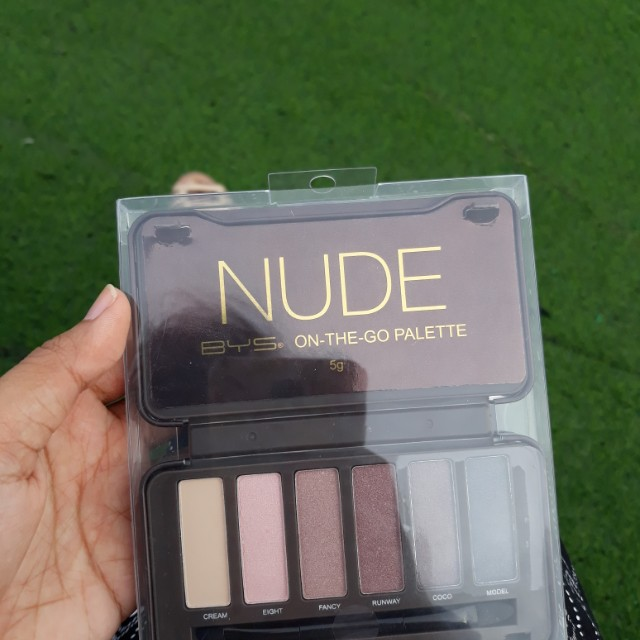 (ON SALE!) BYS Nude On-The-Go Palette