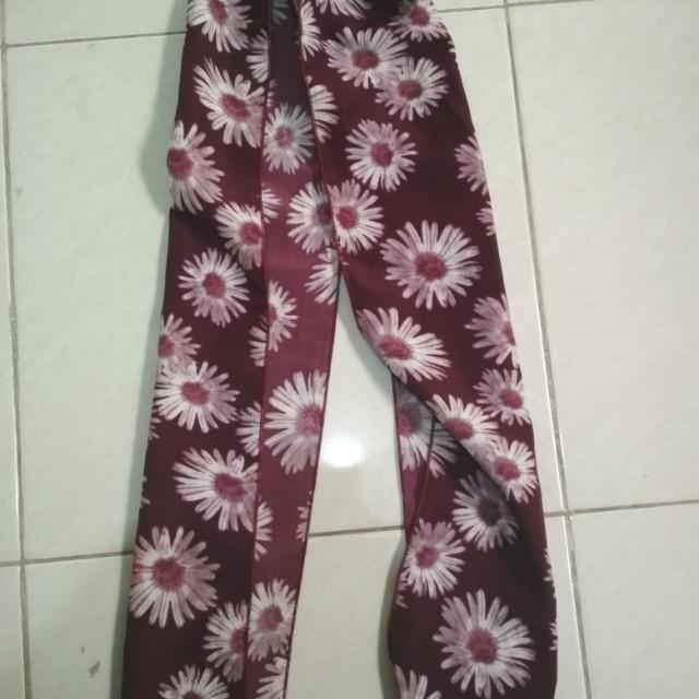 Shawl motif flower maroon