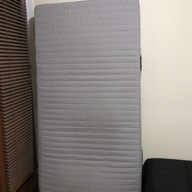 single mattress from ikea