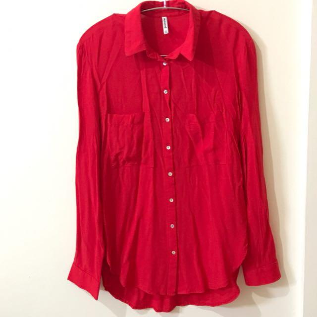 STRADIVARIUS Red Shirt