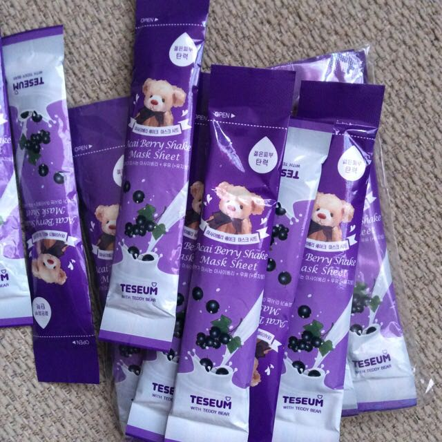 Teddy Tesseum Acai Berry Mask