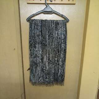 Black metallic shawl
