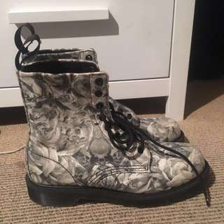 Original Dr. Martens skull and roses canvas boots