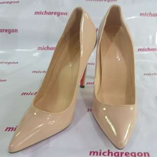 Sz 40 fits 39 Nude Patent Red Sole Stiletto