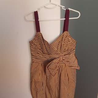 Cute Cue dress (has pockets). Perfect for the races - size 12