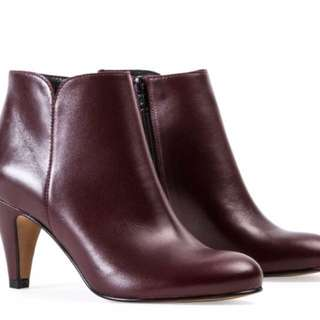 André Leather Booties
